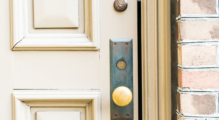 When Should You Replace Your Front Door?
